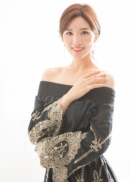 Cận cảnh nhan sắc gây tranh cãi của Hoa hậu Hoàn vũ Hàn Quốc 2020 6