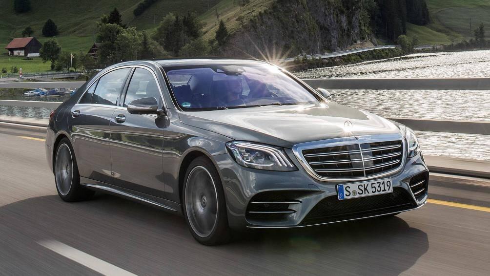1. Mercedes-Benz S-Class 2020 (giá khởi điểm: 94.250 USD)