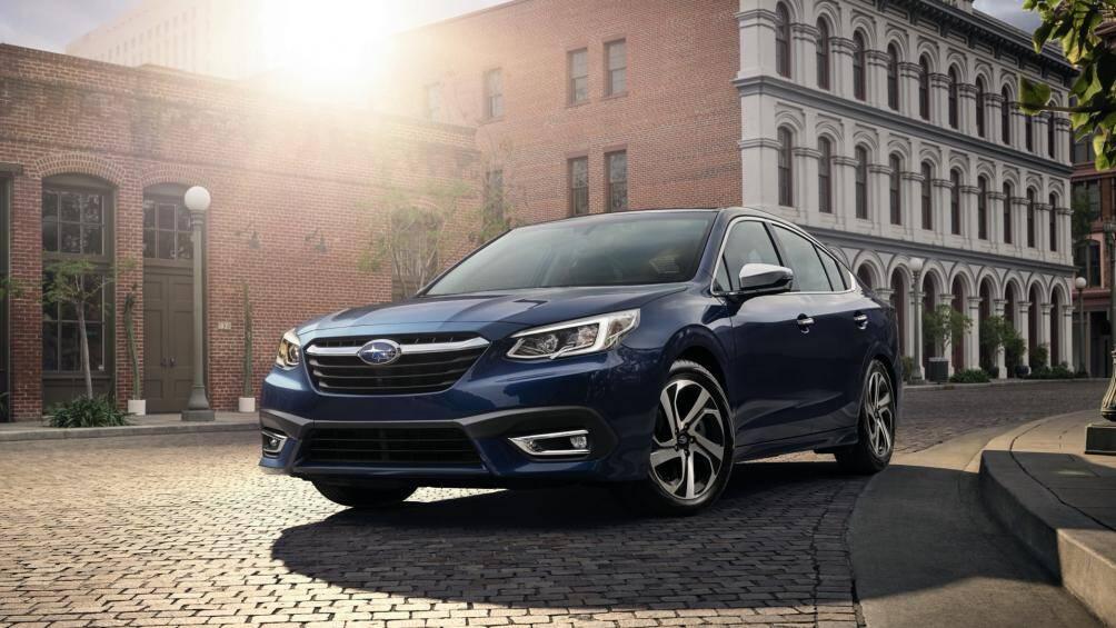 7. Subaru Legacy (giá khởi điểm: 23.820 USD)