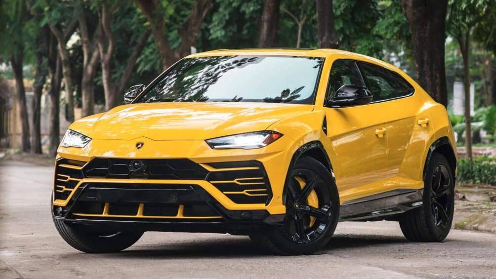 1. Lamborghini Urus