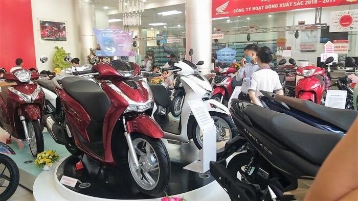 Người Việt mua hơn 2,7 triệu xe máy trong năm 2020 1