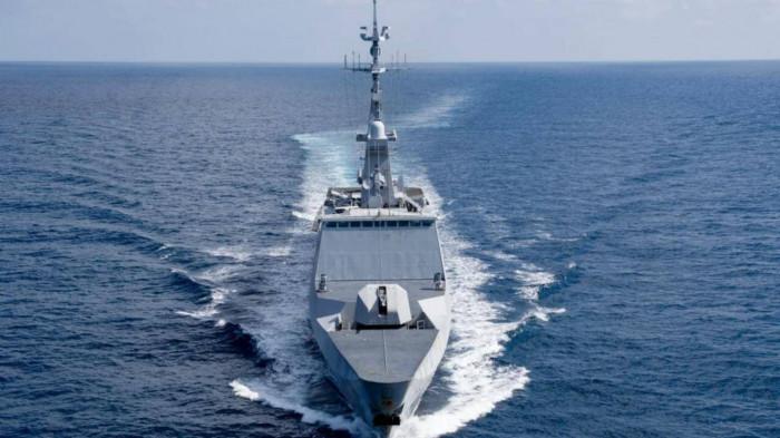 trung quốc phản ứng ra sao trước thông tin tàu pháp sắp qua biển Đông?