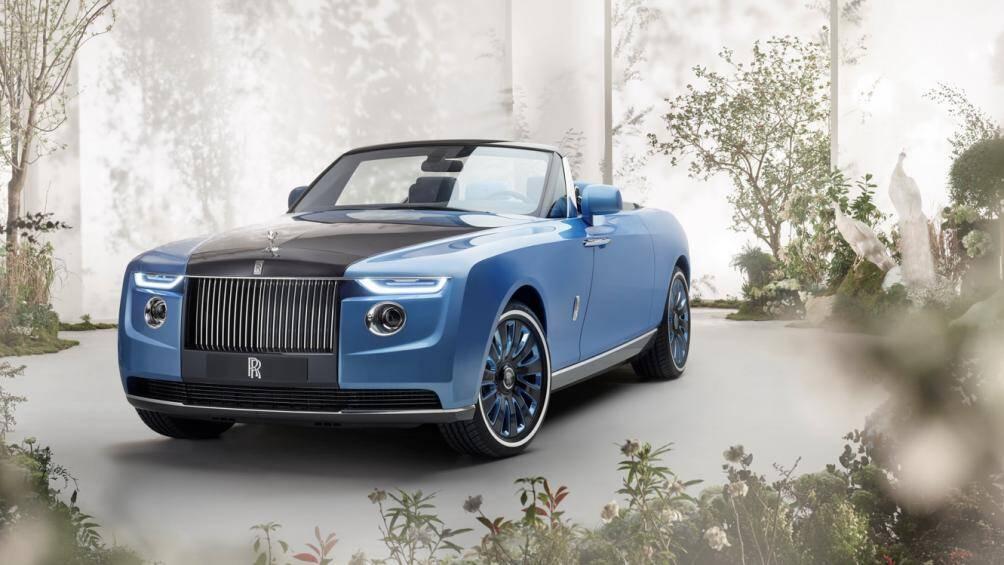 Rolls-Royce đã dành thời gian 4 năm qua để hợp tác cùng 3 vị khách hàng đặc biệt nhất của mình tạo nên chiếc Boat Tail này