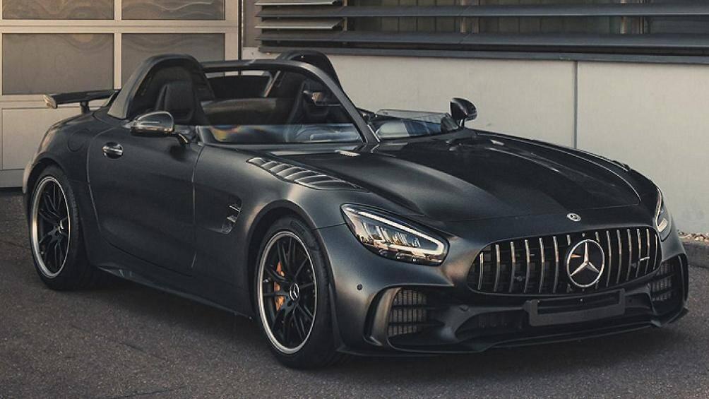Mẫu siêu xe thể thao Mercedes-AMG GT R SpeedLegend mới đây đã được tháo bỏ kính chắn gió theo phong cách không mui đang thịnh hành