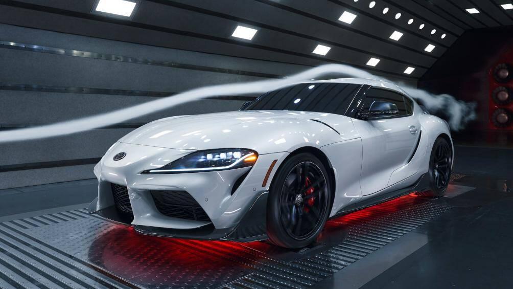 Toyota Bắc Mỹ vừa giới thiệu mẫu Supra phiên bản giới hạn độc quyền cho thị trường này mang tên A91-CF với hàng loạt nâng cấp mới