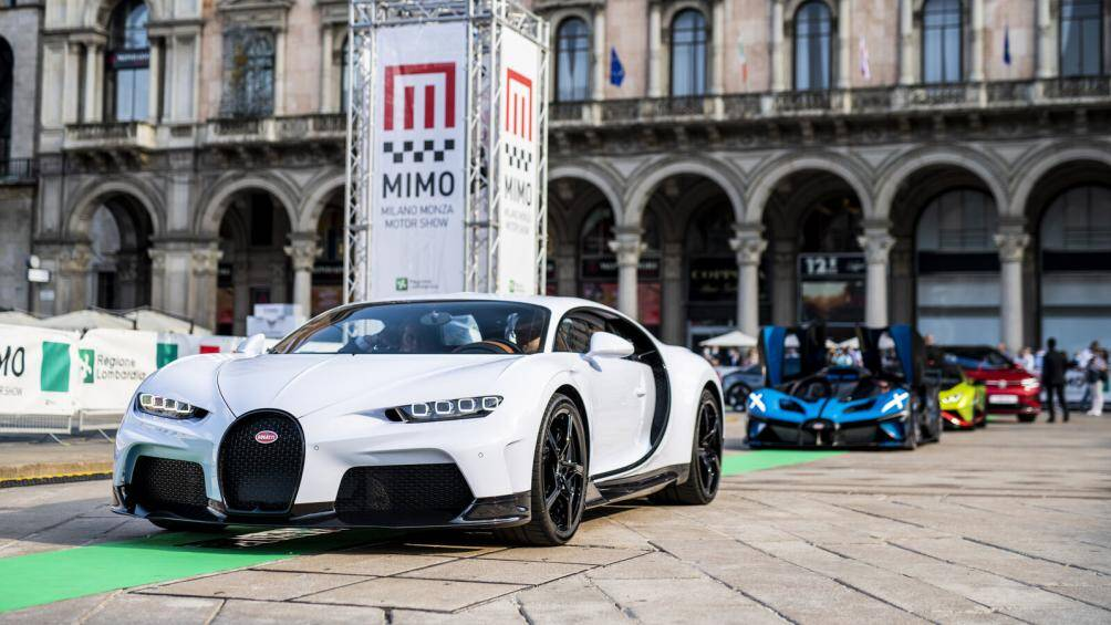 Bugatti Chiron Super Sport vừa xuất hiện trên đường phố tại triển lãm ô tô Milan Monza diễn ra từ ngày 10 đến ngày 13/6 năm 2021