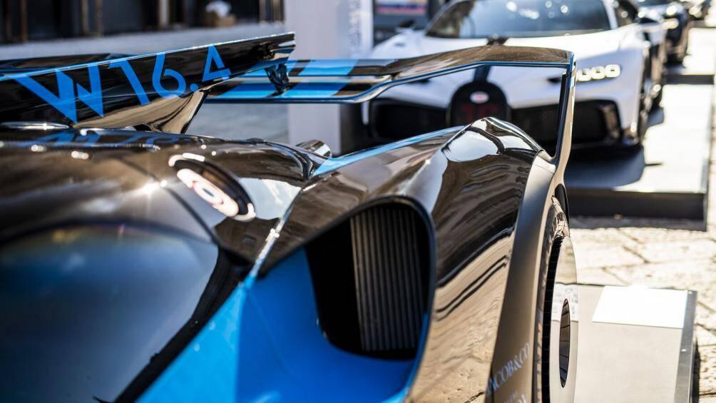 Bugatti Bolide có thể dễ dàng tăng tốc từ 0 lên 100 km/h trong vòng 2,17 giây, tốc độ tối mà mẫu xe này có thể đạt được ở mức trên 500 km/h