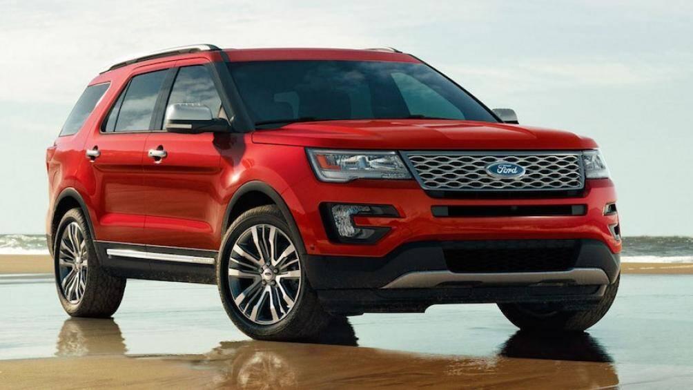 5. Ford Explorer 2021 (điểm an toàn: 9,8/10)