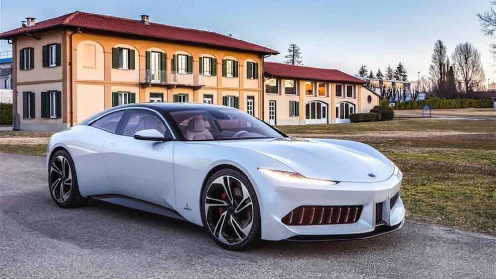 1. Karma Revero GT 2020 (giá khởi điểm: 146.600 USD)