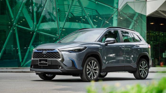 Chủ xe Toyota Corolla Cross nói gì sau khi trải nghiệm công nghệ hybrid? 1