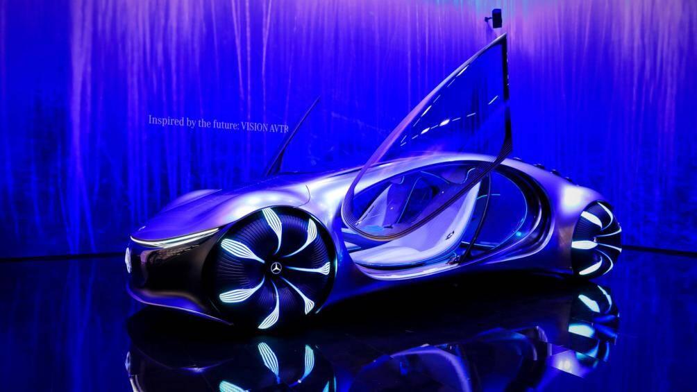 Tại Triển lãm ô tô IAA Munich 2021, phiên bản concept (xe ý tưởng) của Mercedes Vision AVTR đã được hãng giới thiệu với nhiều công nghệ hiện đại