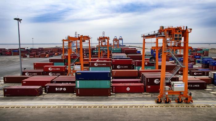 tăng chi phí logistics vì thiếu cảng cạn