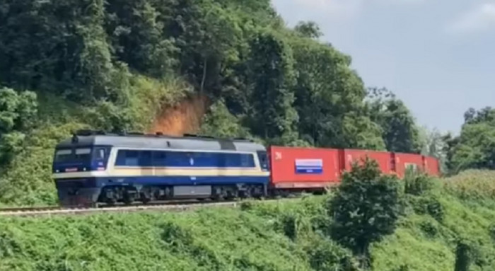 hành trình qua 8 nước của đoàn tàu container từ việt nam chạy thẳng sang bỉ
