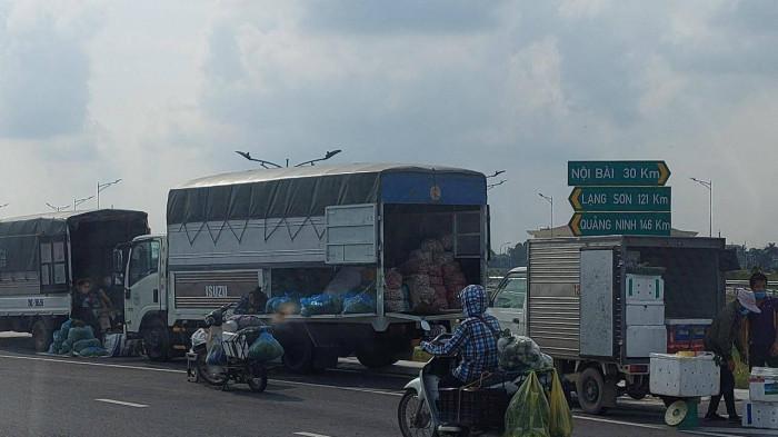 Bắc Ninh: Rào cầu, chặn quốc lộ để chống dịch? 3
