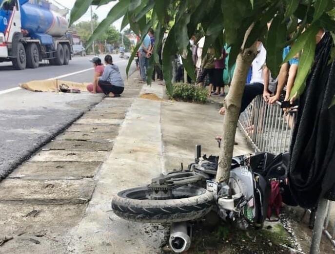 Hải Phòng: Va chạm với xe máy điện, nam thanh niên tử vong tại chỗ 1